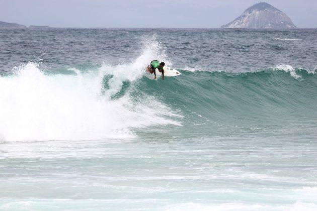 Gustavo Henrique, Itacoatiara Open de Surf 2018, Niterói (RJ). Foto: @surfetv / @carlosmatiasrj.