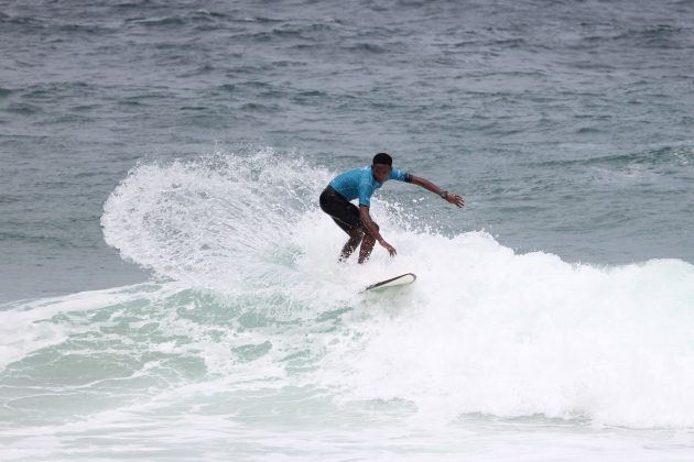 Rafael Caveirinha, Itacoatiara Open de Surf 2018, Niterói (RJ). Foto: @surfetv / @carlosmatiasrj.