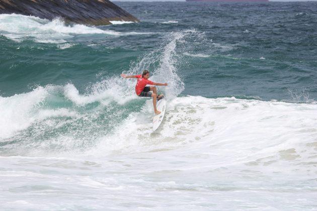 Valentino Belga, Itacoatiara Open de Surf 2018, Niterói (RJ). Foto: @surfetv / @carlosmatiasrj.