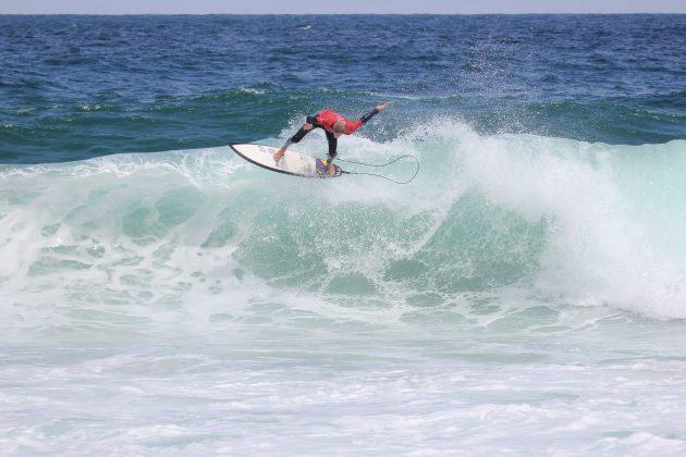 Angelo Hereda, Itacoatiara Open de Surf 2018, Niterói (RJ). Foto: @surfetv / @carlosmatiasrj.
