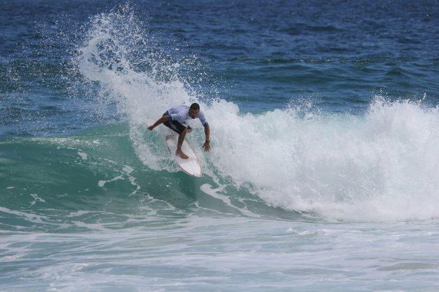 Raphael Guimarães, Itacoatiara Open de Surf 2018, Niterói (RJ). Foto: @surfetv / @carlosmatiasrj.