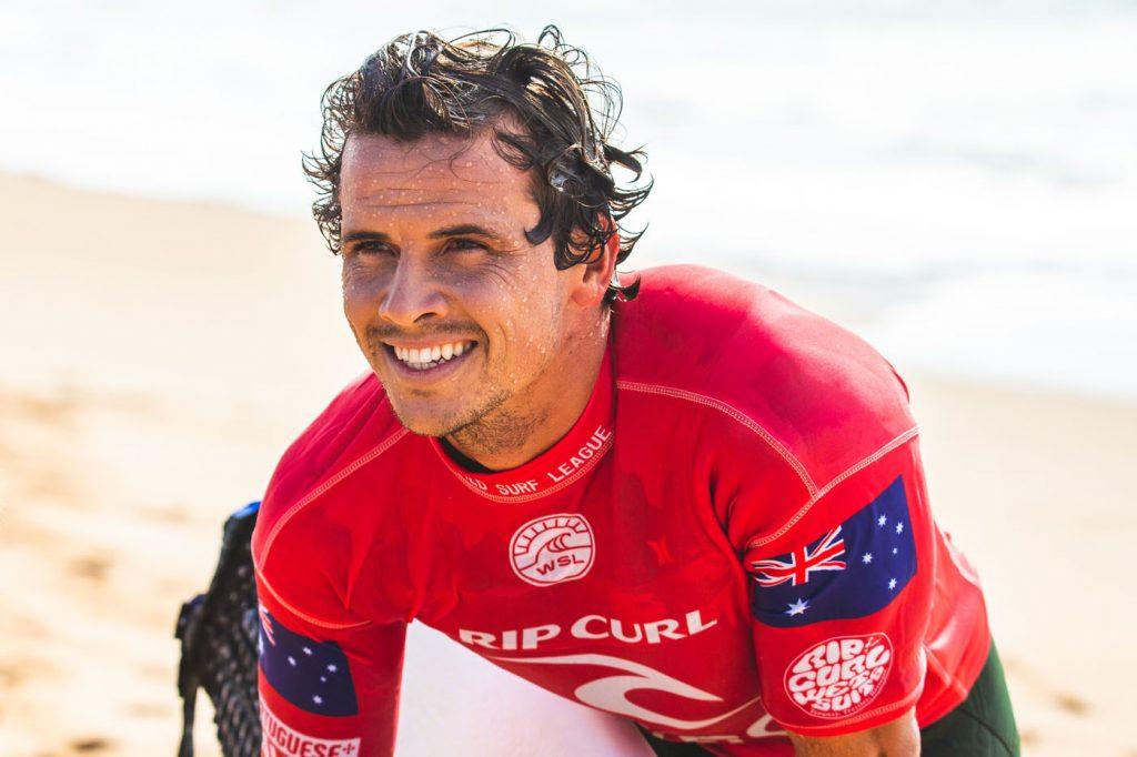 Aussie Julian Wilson é o quarto na lista.