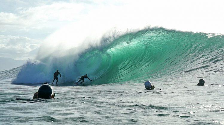 Derek Ho, Pipeline, North Shore de Oahu, Havaí. Foto: Bruno Lemos / Sony Brasil.