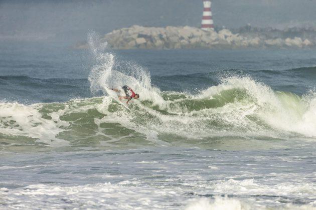 Italo Ferreira, MEO Rip Curl Pro Portugal 2018, Supertubos, Peniche. Foto: WSL / Masurel.