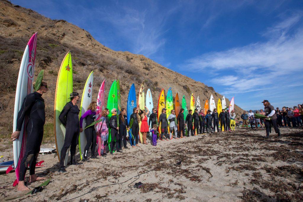 Palco mundial do surfe em ondas grandes, Mavericks tem valor econômico estimado em cerca de US$ 24 milhões por ano.
