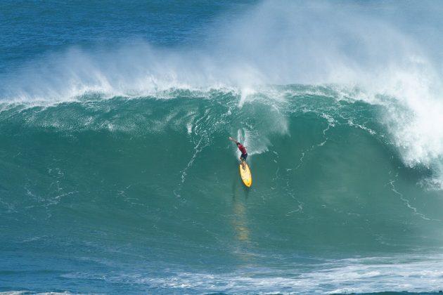Mason Ho, Waimea Bay, North Shore de Oahu, Havaí. Foto: Butch Youmans.