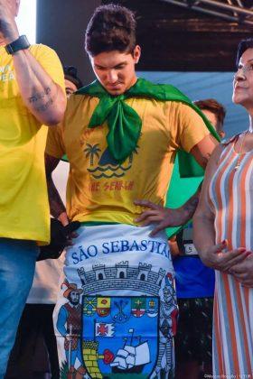 Gabriel Medina é recebido com festa em Maresias (SP), em comemoração ao bicampeonato mundial. Foto: WSL / Aleko Stergiou.