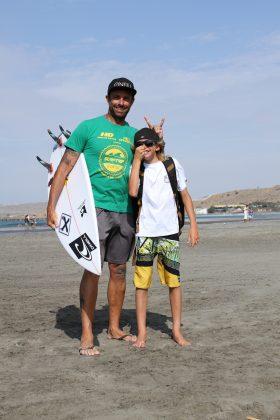 Alessandro e Ryan Coelho, Lobitos, Peru. Foto: Arquivo pessoal.
