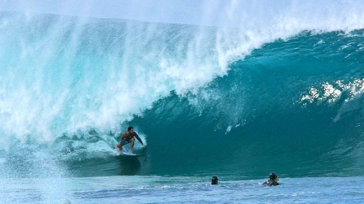 Billy Kemper, Pipeline, North Shore de Oahu, Havaí. Foto: Bruno Lemos / Sony Brasil.