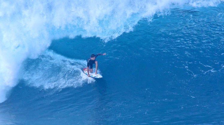 Ezekiel Lau, Pipeline, North Shore de Oahu, Havaí. Foto: Bruno Lemos / Sony Brasil.