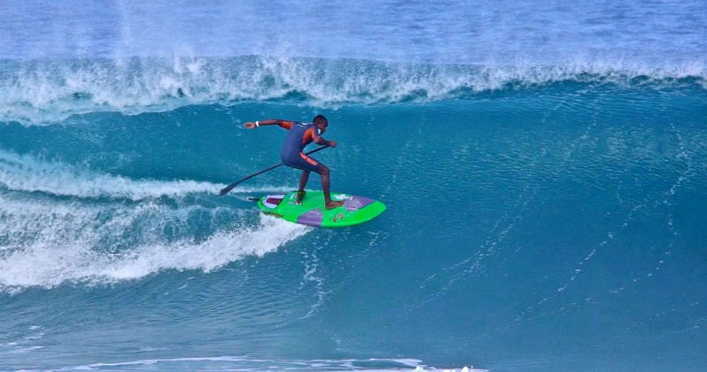 Lucas Medeiros, North Shore de Oahu, Havaí. Foto: Bruno Lemos / Sony Brasil.