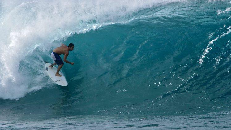 Pedro Calado, Pipeline, North Shore de Oahu, Havaí. Foto: Bruno Lemos / Sony Brasil.