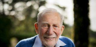 Pai dos atuais modelos de previsão de ondas, Dr. Walter Munk falece aos 101 anos de idade.