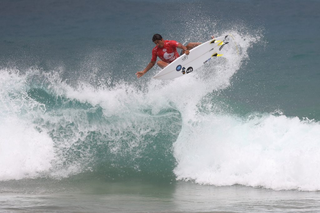 Miguel Pupo garante vaga na competição interativa.