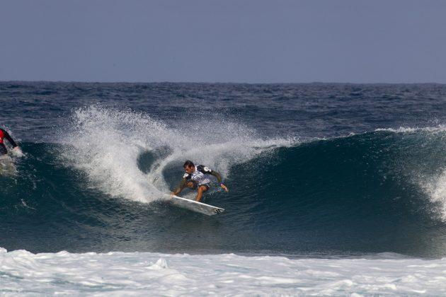 Tyler Newton, Volcom Pipe Pro 2019, North Shore de Oahu, Havaí. Foto: WSL / Keoki.