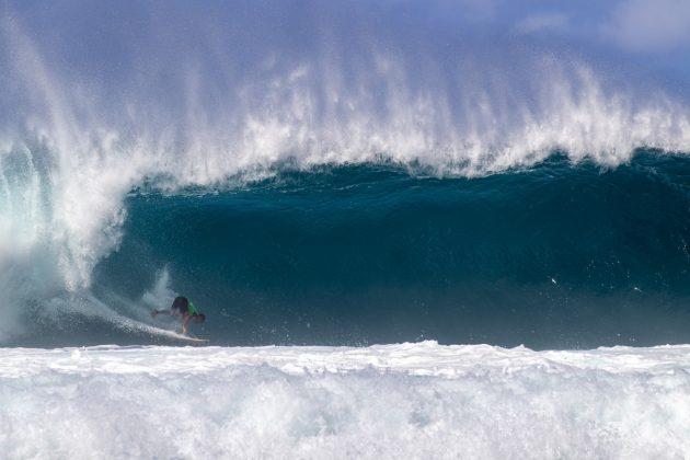 Shayden Pacarro, Volcom Pipe Pro 2019, North Shore de Oahu, Havaí. Foto: WSL / Keoki.