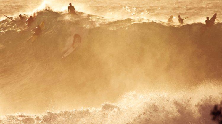 Lucas Chumbo, Waimea Bay, North Shore de Oahu, Havaí. Foto: Bruno Lemos / Sony Brasil.