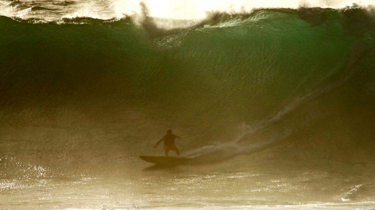 Danilo Couto, Waimea Bay, North Shore de Oahu, Havaí. Foto: Bruno Lemos / Sony Brasil.