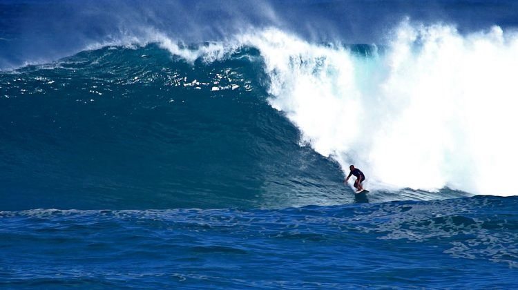 Evaristo Ferreira, Waimea Bay, North Shore de Oahu, Havaí. Foto: Bruno Lemos / Sony Brasil.