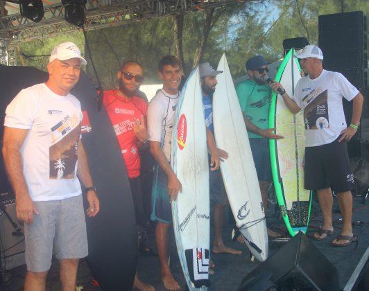 Finalistas, Floripa Surf Pro 2019, Joaquina, Florianópolis (SC). Foto: Basilio Ruy/P.P07.