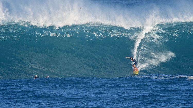 Lapo Coutinho, Waimea Bay, North Shore de Oahu, Havaí. Foto: Bruno Lemos / Sony Brasil.