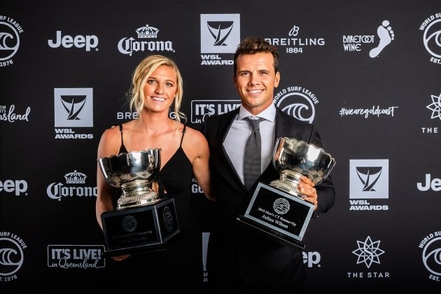 Lakey Peterson e Julian Wilson, WSL Awards 2019, Gold Coast, Austrália. Foto: WSL / Cestari.