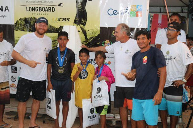 Pódio Masculino Kids, Jericoacoara Cultura Longboard Festival 2019, Ceará. Foto: Lima Jr..