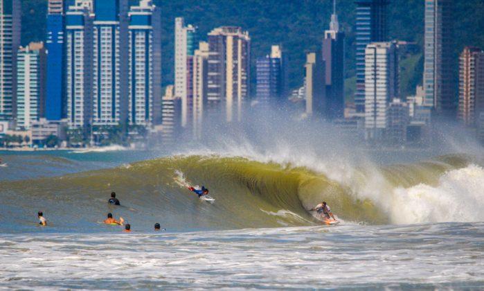 Praia Brava, Itajaí (SC). Foto: @alexpires_photos.