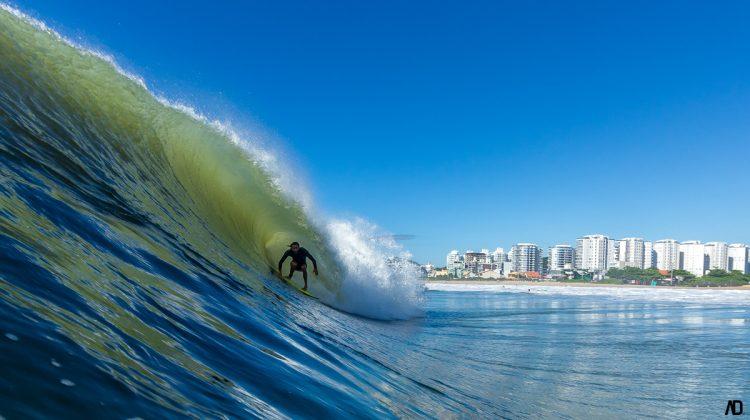 Mickey Bernardoni, Praia Brava, Itajaí (SC). Foto: André Deichmann.