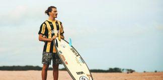 Peñarol investe no surfe