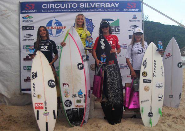 Pódio Feminino Sub 16, Circuito Silverbay Amador 2019, Ferrugem, Garopaba (SC). Foto: Basilio Ruy/P.P07.