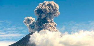 Vulcão acorda em Bali