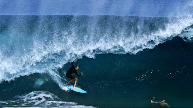 Flynn Novak, Pipeline, North Shore de Oahu, Havaí. Foto: Bruno Lemos / Sony Brasil.