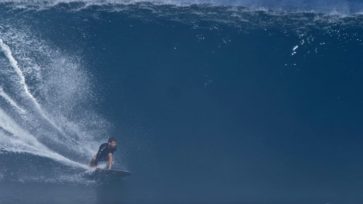 Kamalei Alexander, Pipeline, North Shore de Oahu, Havaí. Foto: Bruno Lemos / Sony Brasil.
