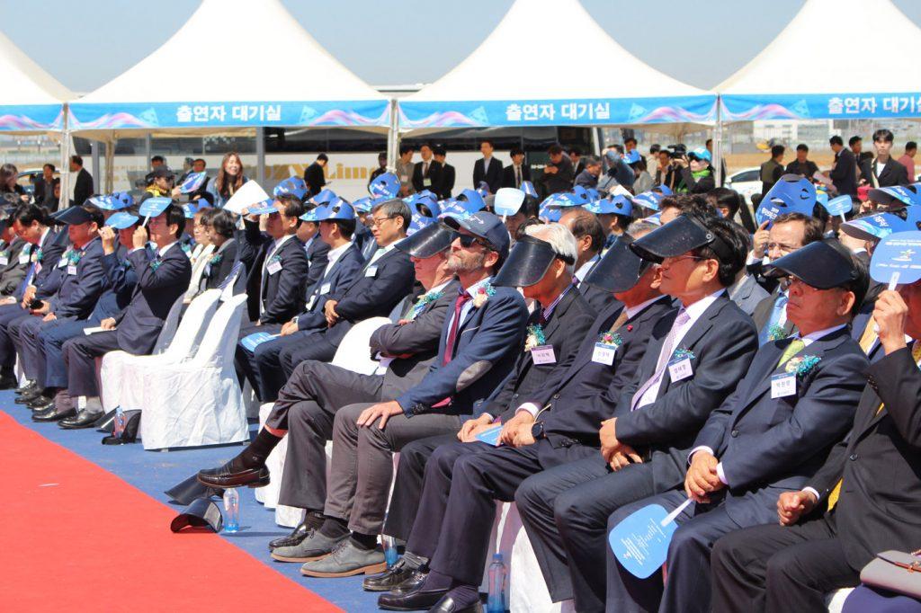 Cerimônia oficializa início da construção do parque aquático.