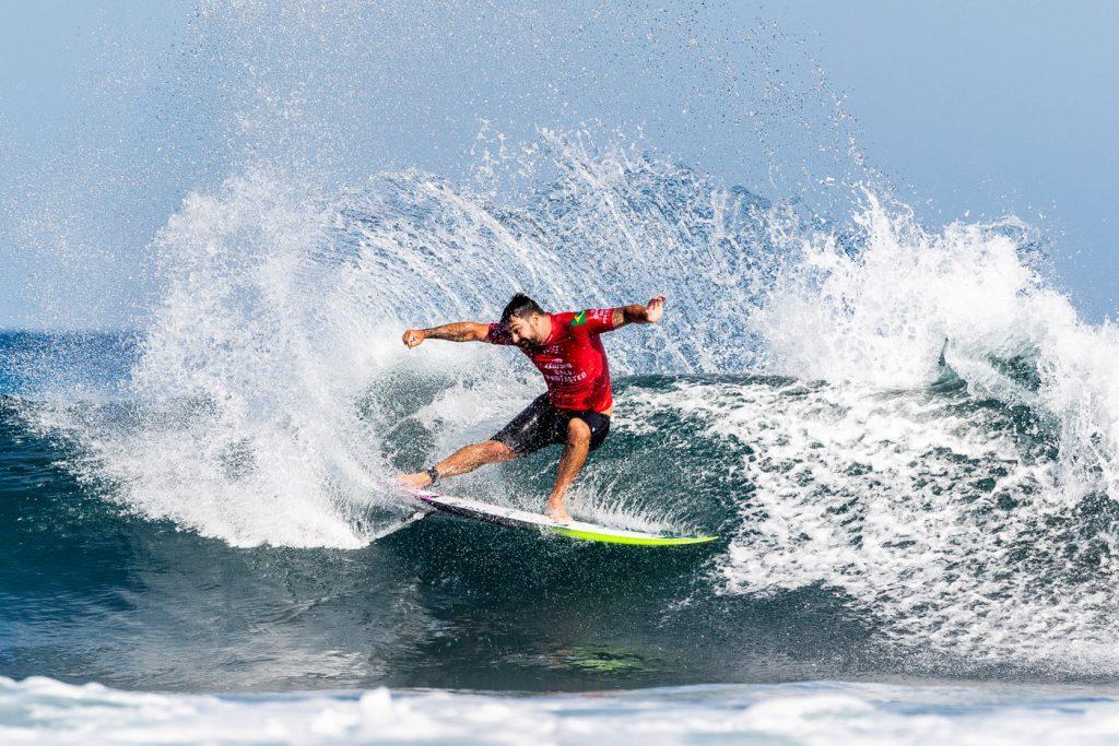 Willian Cardoso dá a volta por cima no Bali Protected e garante vaga na terceira fase.