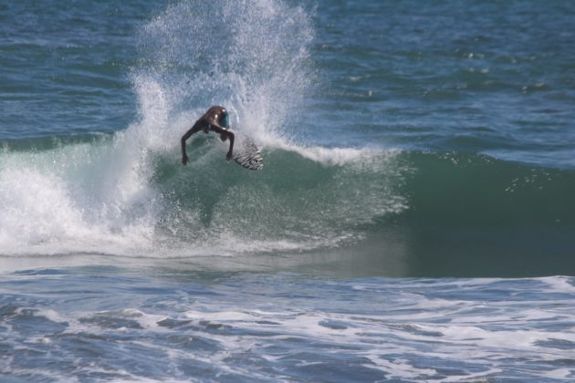 Cauã Costa, Playa Hermosa, Costa Rica. Foto: Kitson Alves.