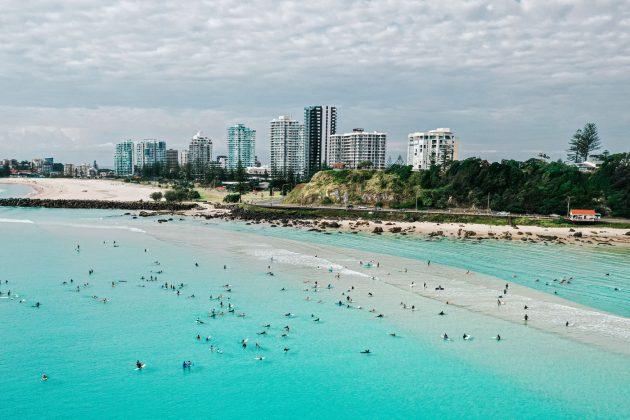 Paddle Out, Kirra, Gold Coast, Austrália. Foto: WSL / Saxon Kent.