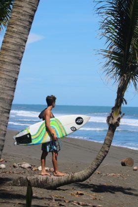 Lucas Bezerra, Playa Hermosa, Costa Rica. Foto: Kitson Alves.