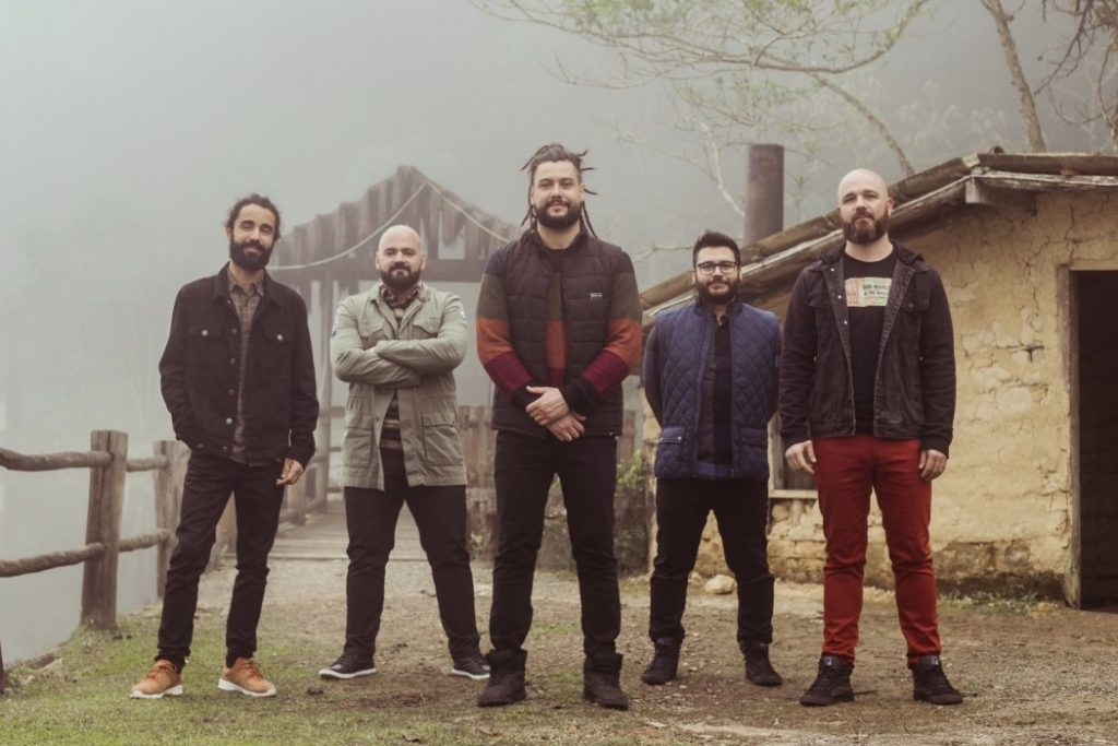 Maneva lança o álbum Acústico na Casa do Lago no Tom Brasil, em São Paulo.