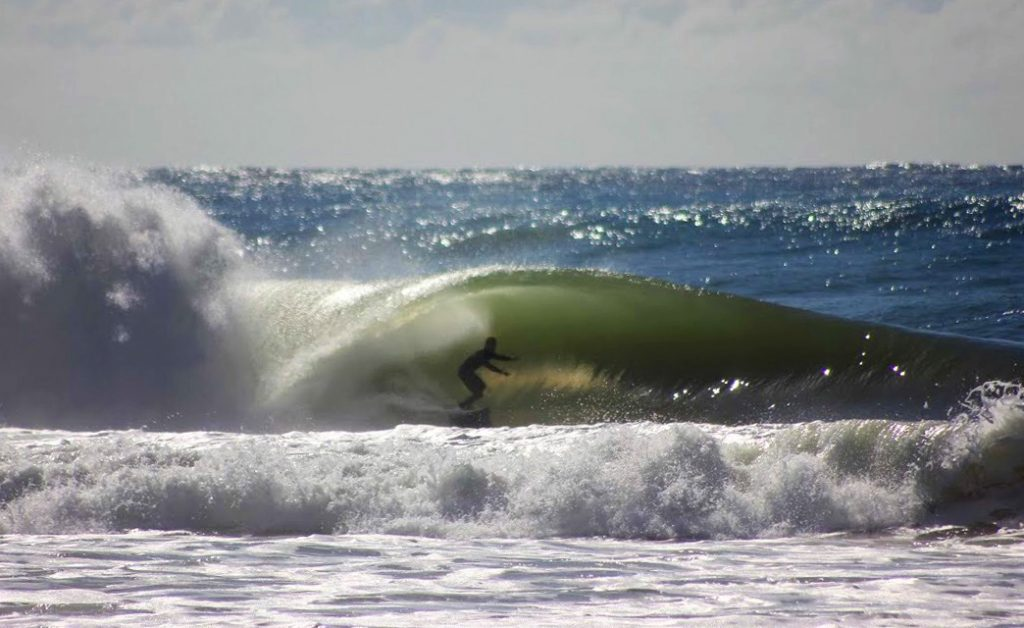 De acordo com a previsão, uma boa ondulação chega no dia do campeonato, com ondas de até 1,5 metro.