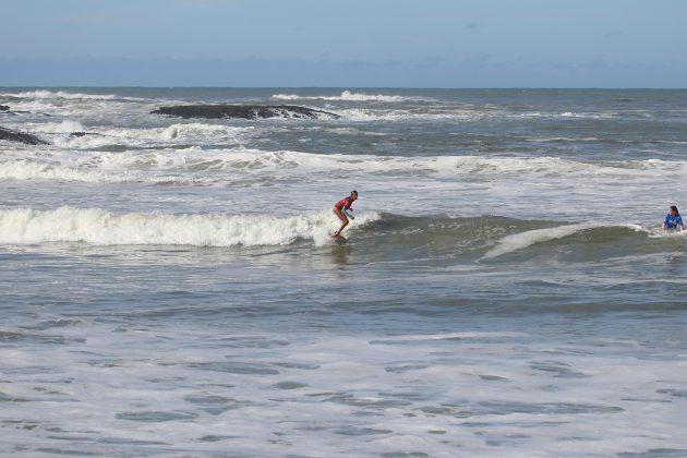 Aysha Ratto, Maricá Surf Pro / AM 2019, Ponta Negra (RJ). Foto: @surfetv / @carlosmatiasrj.