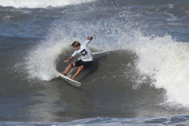Bruce Burgos, Hang Loose Surf Attack 2019, Perequê-Açú, Ubatuba (SP). Foto: Munir El Hage.