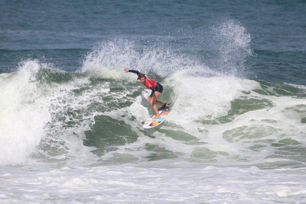 Camila Cassia, Maricá Surf Pro / AM 2019, Ponta Negra (RJ). Foto: @surfetv / @carlosmatiasrj.
