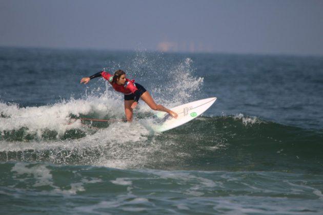 Camila Cássia, MB Surf Pro 2019, Praia Grande, Ilha do Mel (PR). Foto: Thiara Mandelli.