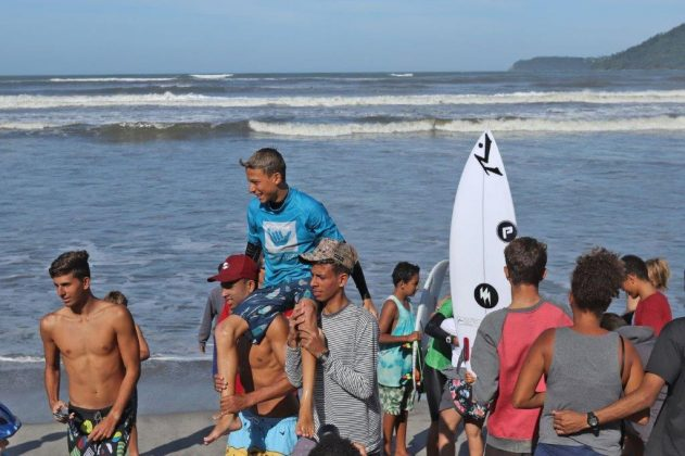 Heitor Mueller, Hang Loose Surf Attack 2019, Perequê-Açú, Ubatuba (SP). Foto: Munir El Hage.