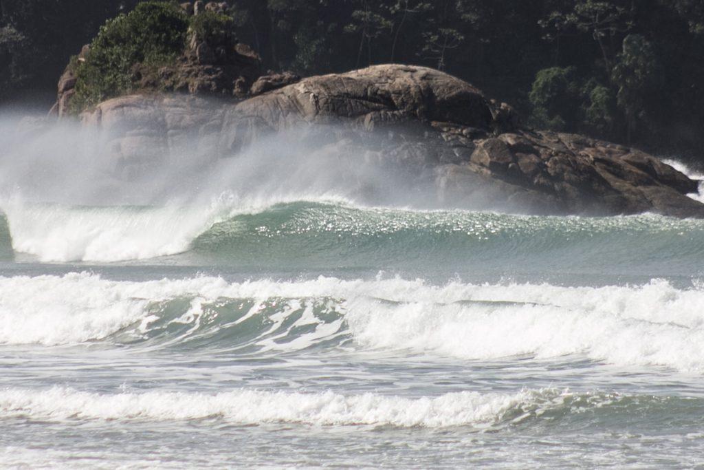 Evento rola na Praia Grande, Ubatuba (SP).