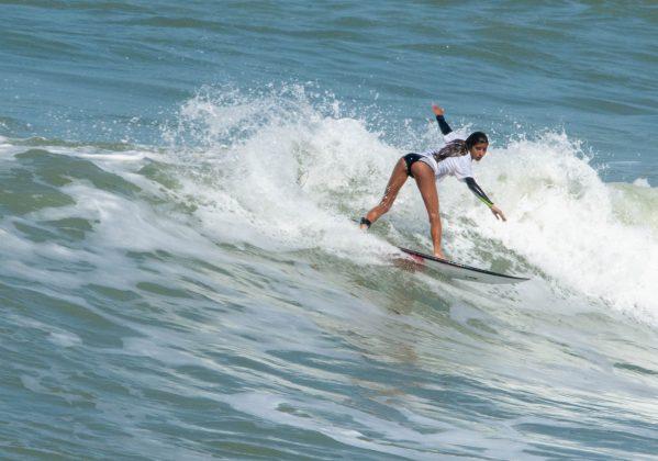 Julia Duarte, Macaé Surf Pro, Praia do Pecado (RJ). Foto: Leandro Foca.