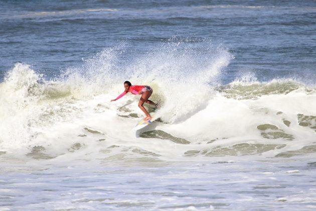 Laiz Costa, Maricá Surf Pro / AM 2019, Ponta Negra (RJ). Foto: @surfetv / @carlosmatiasrj.