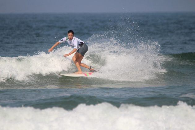 Nathalie Martins, MB Surf Pro 2019, Praia Grande, Ilha do Mel (PR). Foto: Thiara Mandelli.